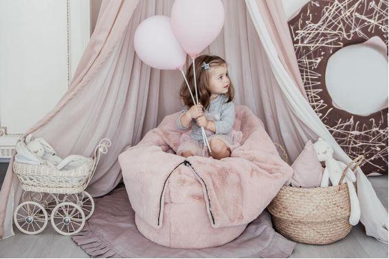 Stilīga bērnistabas interjera veidošana nav viegls uzdevums.