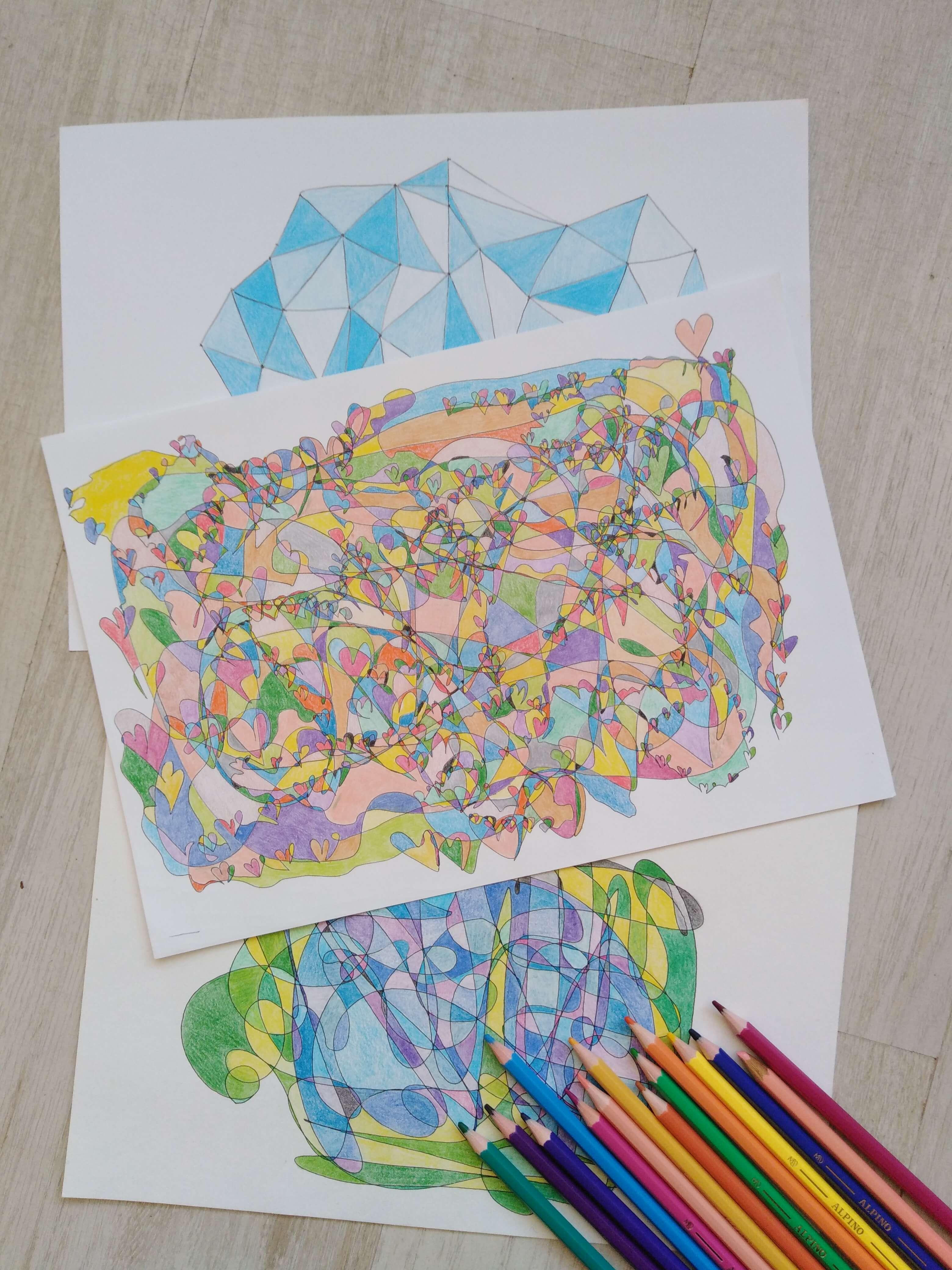 Fraktales Zeichnen kann auch als Kunsttherapie genannt werden- Tipp von Pusku Pusku.