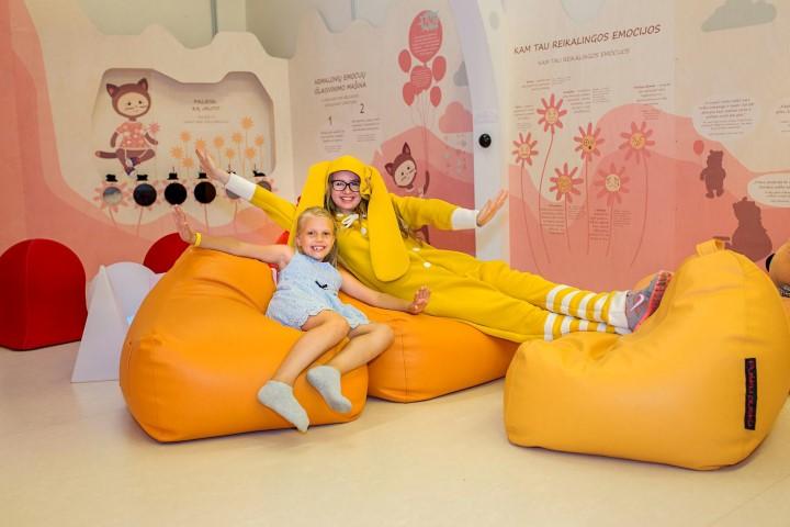 Strange How To Decorate Kids Room Pusku Pusku Bean Bags Machost Co Dining Chair Design Ideas Machostcouk